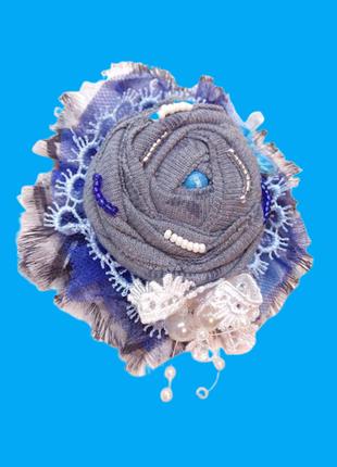 Текстильная бохо брошь цветок ручной работы.