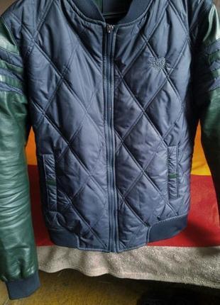 Ветровка с кожаными рукавами/куртка