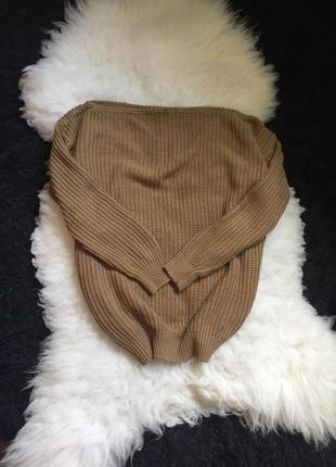 Вязаный свитер camel кемел нюд на плечи или одно плечо