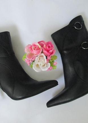 Актуальные ботинки  blend 36 размера