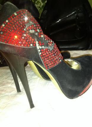 Туфли на шпильке eva rossi