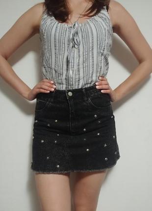 Джинсовая юбка с высокой талией