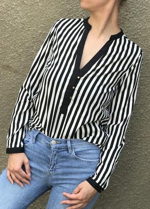 Атласная рубашка в полоску с длинным рукавом