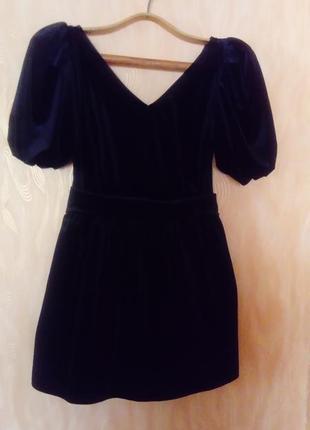 Молодіжне велюрове плаття.
