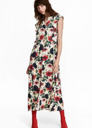 Оригинальное платье с рисунком от бренда h&m разм. 36