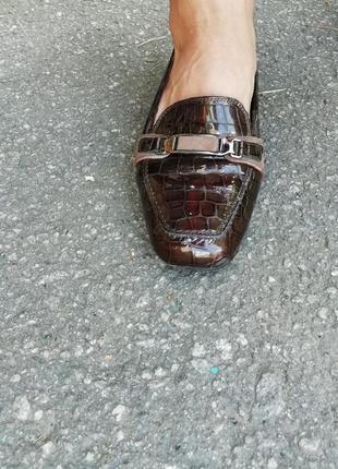 Трендовые туфли обувь кожа melluso италия