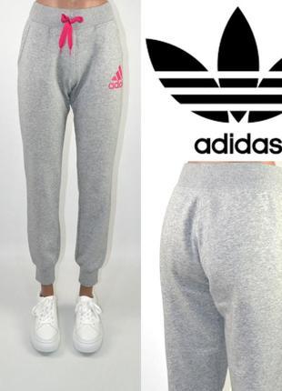 Брюки спортивные штаны с начесом adidas оригинал.