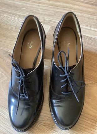 Туфли из кожи clarks