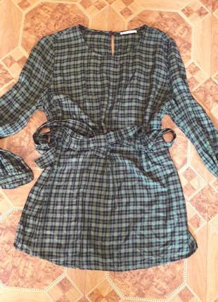 Стильная блуза с поясом 48 р