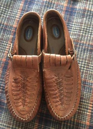 Чоловічі туфлі, фірми dr.scholl's, ззовні і зсередини з натуральної шкіри