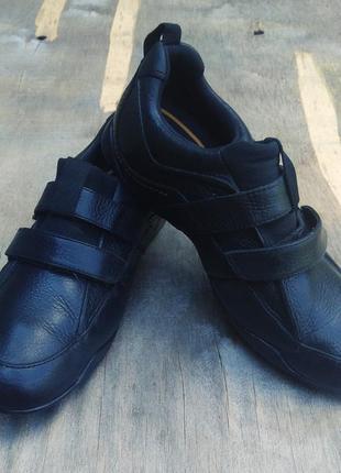 Крутые спортивные туфли timberland