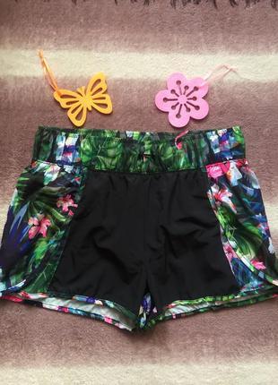 Яркие крутые спортивные шорты reserved s\m  шорты цветочный принт для бега\фитнеса