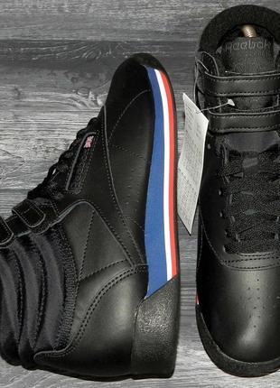 Reebok freestyle ! оригинальные, стильные,кожаные невероятно крутые кроссовки