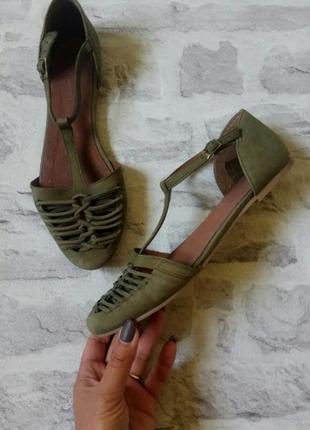 Стильные кожаные сандалии 🌴