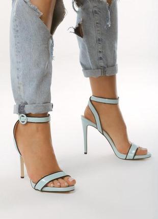 Новые шикарные женские голубые босоножки на высоком каблуке