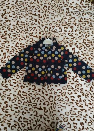 Стильный пиджак 98 размера. производств италии