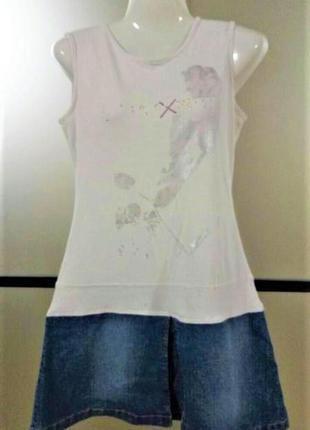 Трикотажное белое платье с джинсовой юбкой. мини платье в теннисном стиле.s-m