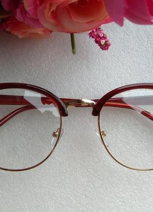 Новые имиджевые очки cat eyes (ходит вверх вниз немного дужка) уценены