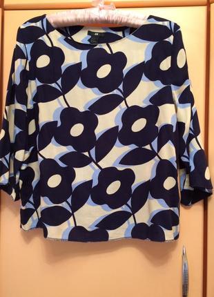 Блуза свободного кроя в цветы