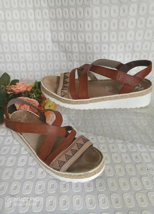 Красивие удобние сандали оригинал от rieker