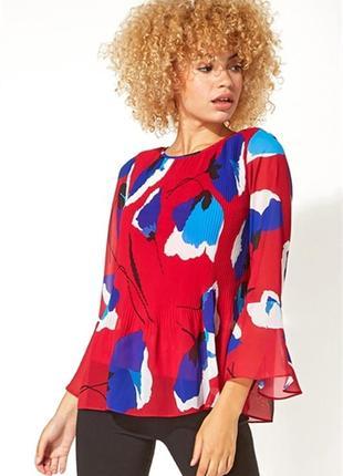 Блуза  с трендовым рукавом