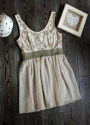 Платье туника с фатиновой юбкой и кружевом