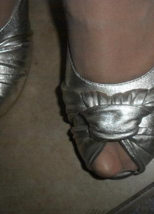 Крутые туфли с открытым носом в винтажном стиле 40 размер stefani маленький каблучок