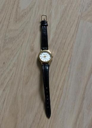 Чёрные часики. ретро часы.красивые часы
