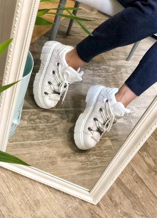 Акция/распродажа! бомбические белые серые ботинки