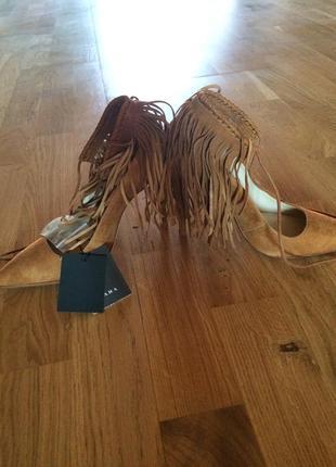 Замшевые туфли с бахромой zara размер 36