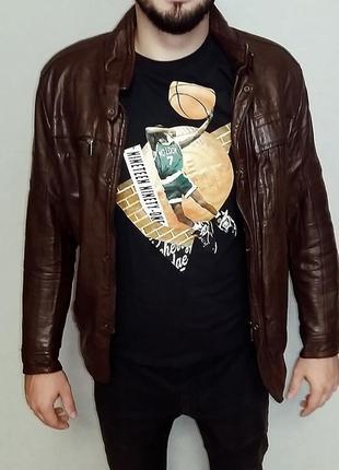 Теплая демисезонная куртка из искусственной кожи на размер м-l/ рост 170