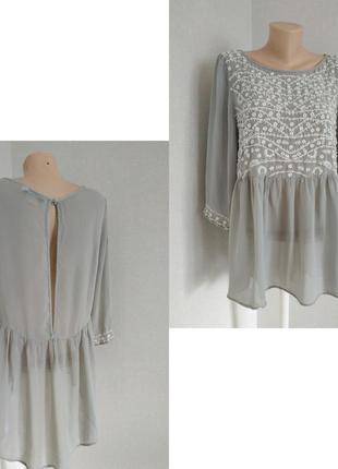 Красивая брендовая блуза с вышивкой вискоза