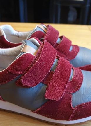 Кожаные кроссовочки на липучках clarks.