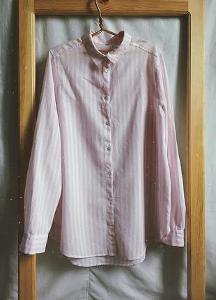 Рубашка в нежно розовую полоску