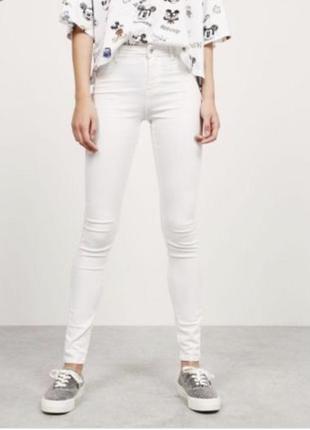 Белые брюки, штаны, білі штани, джинси