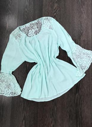 Нежная мятная блуза кофточка с кружевом италия