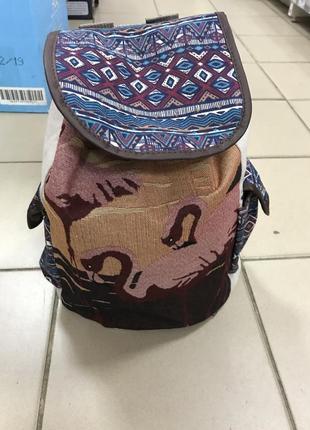 Рюкзак «вишитые лебеди»