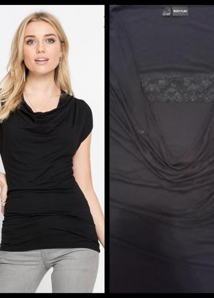 Элегантная удлиненная футболка с вырезом-водопад