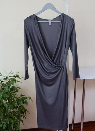 Серое платье из вискозы
