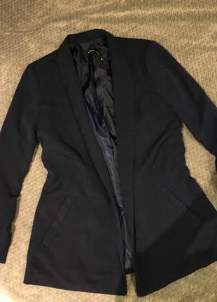 Нашёлся идеальный базовый пиджак!
