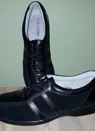 Туфли кожа спортивного типа кроссовки.2 фото